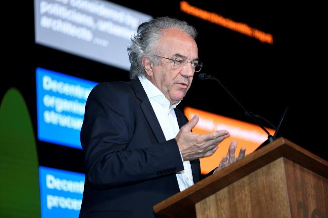 Вернер Собек, Werner Sobek Group, директор Института легких конструкций и концептуального проектирования Университета Штутгарта