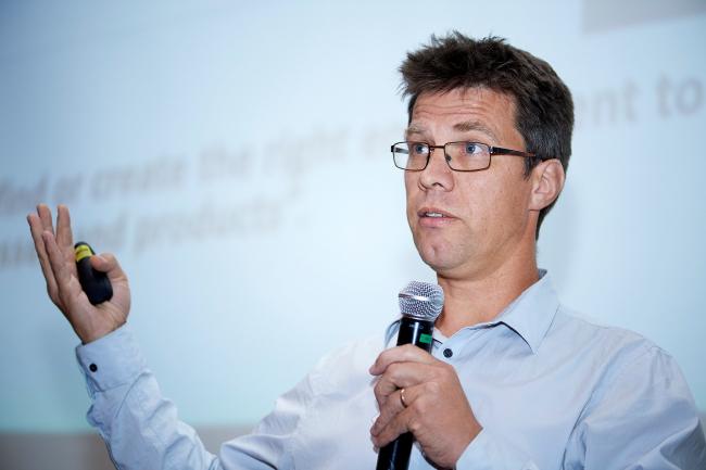 Леон ван Паассен (Leon van Paassen), профессор университета Аризоны