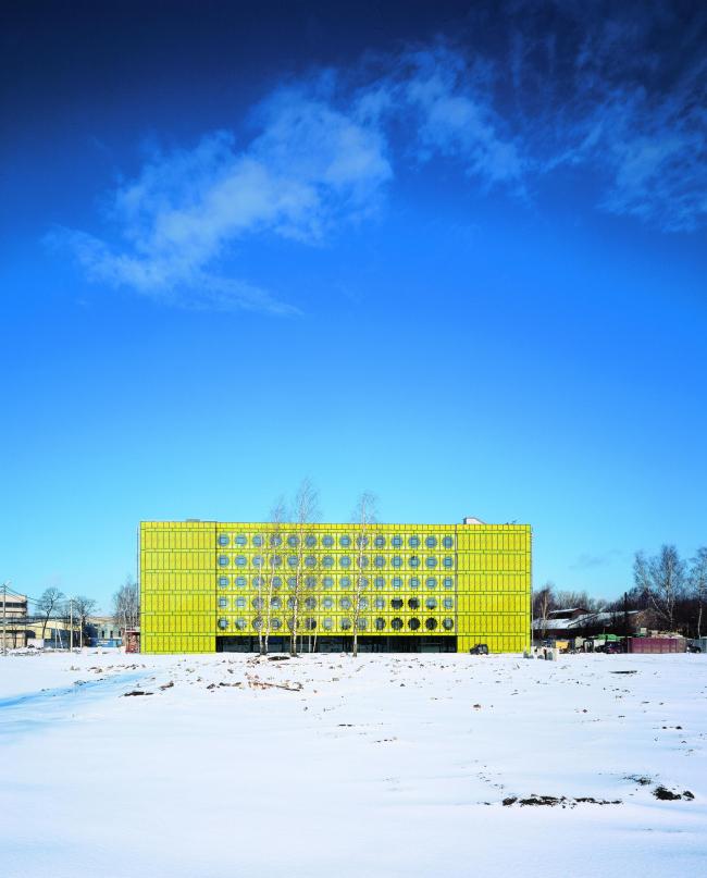 «Лето». Офисное здание №25 на территории фабрики «Россия»