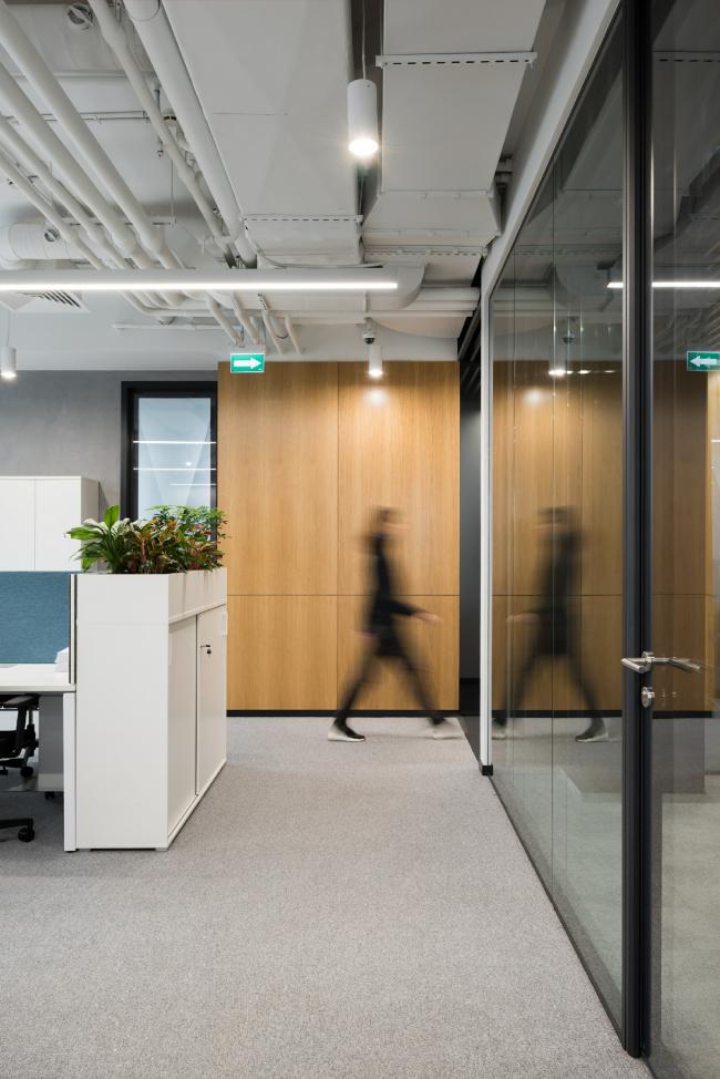 Интерьер офиса группы компаний «Эркафарм». Фотография
