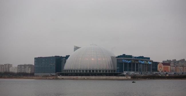Развлекательный комплекс с аквапарком, гостиницей, яхт-клубом и парком развлечений Piterland