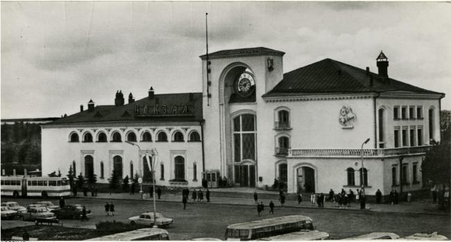 The railway station in Veliky Novgorod. 1945 – 1952