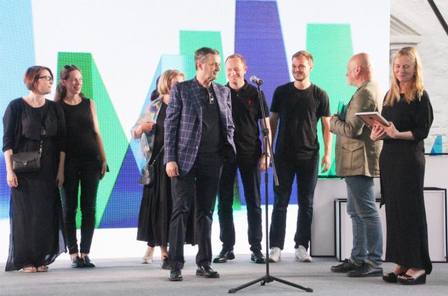 Владимир Плоткин и авторский коллектив проекта здания больницы в Коммунарке