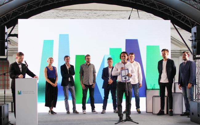 Юлий Борисов, UNK project, на сцене