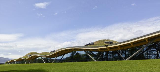 Завод Macallan по производству виски, Мори.  Rogers Stirk Harbour + Partners