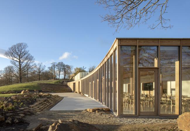 Посетительский центр и галерея The Weston Йоркширского скульптурного парка.  Feilden Fowles Architects