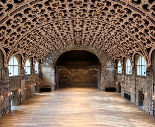 Центр искусств Battersea, Лондон.  Haworth Tompkins