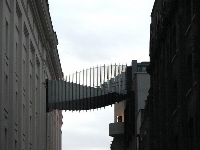 Мост Флорэл-стрит-бридж (Мост «Стремление»). Фото: Morgaine via flickr.com. Лицензия CC BY-SA 2.0