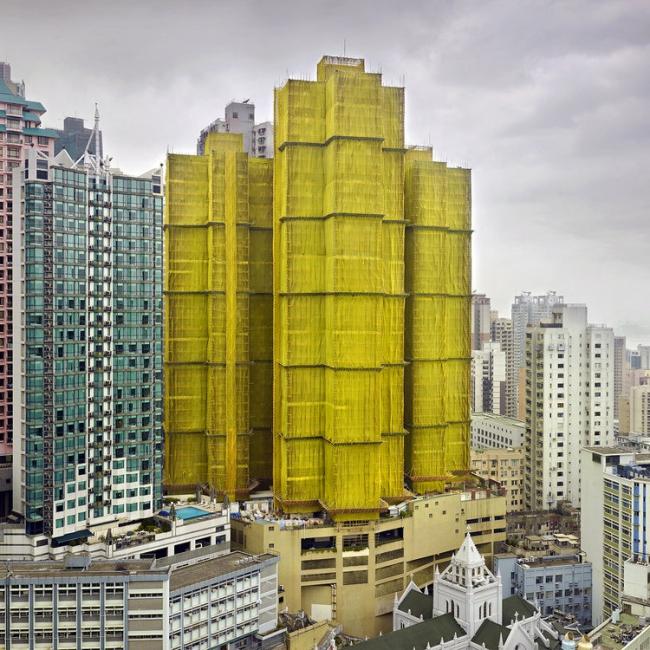 Снимок из серии «Кокон». Гонконг, 2010 год