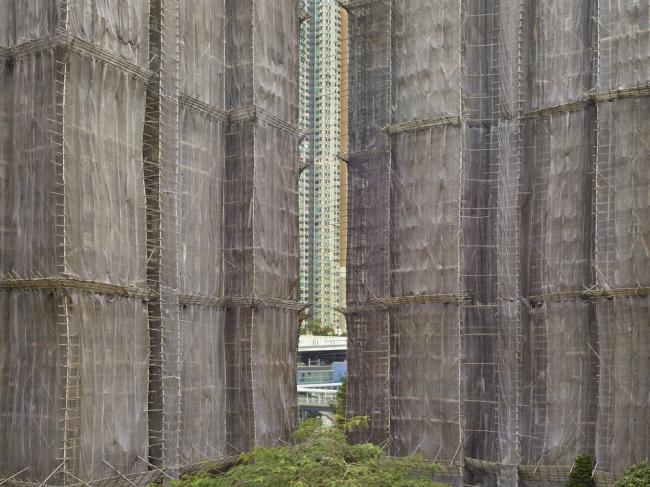 Снимок из серии «Кокон». Гонконг, 2015 год