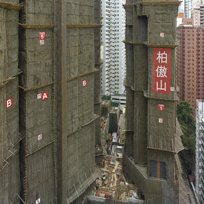 Снимок из серии «Кокон». Гонконг