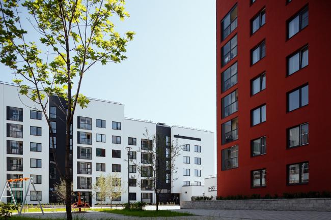 Жилой квартал компании «Форум-Групп» в жилом районе