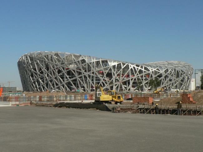 Национальный Олимпийский стадион. Фото: Steveny5997  via Wikimedia Commons. Фото находится в общественном доступе