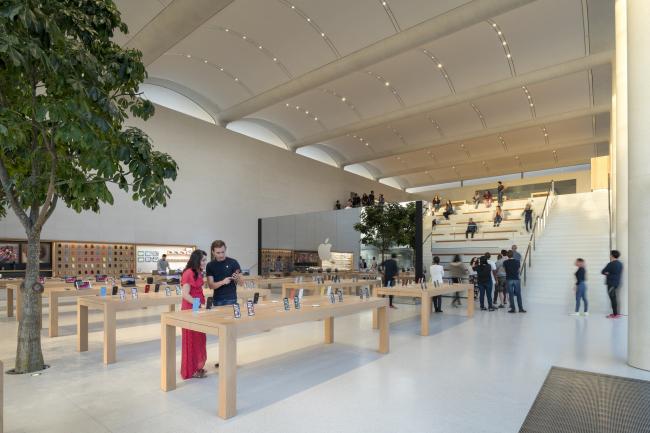 Магазин Apple в торговом центре Aventura Mall