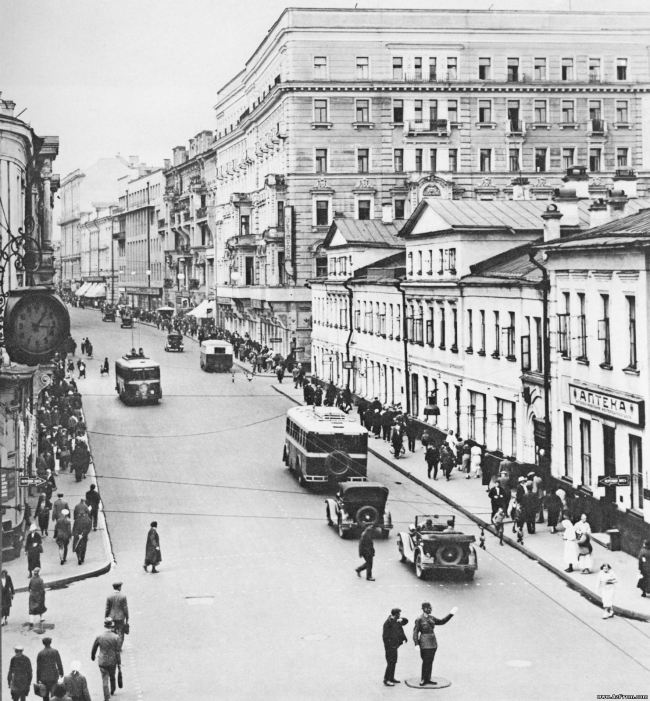 Улица Горького после реконструкции 1936-1937.