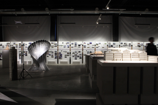 Архитектурная лаборатория SA lab. Павильон Oh, new age. Выставка «Российская архитектура. Новейшая эра. Петербургская версия» в центре ArtPlay