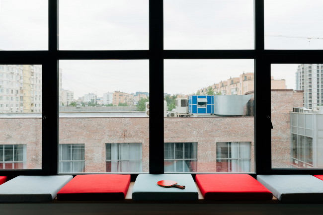 Вид из окон кабинета.  Офис Inspiritum