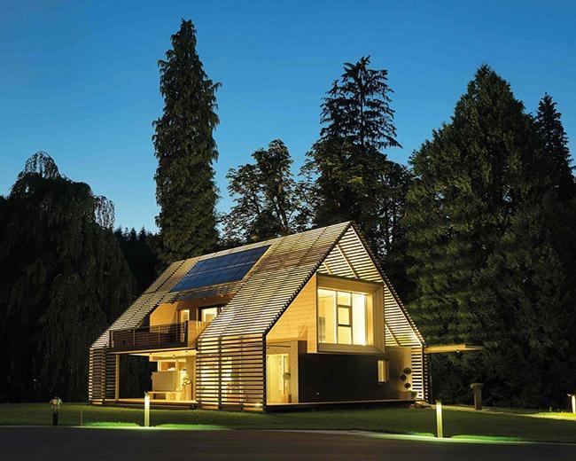 Пассивный дом, Австрия; архитектор Holzbau Strigl GmbH; материал Max Compact Exterior F- Quality, декор 0027 Prado Agate Grey
