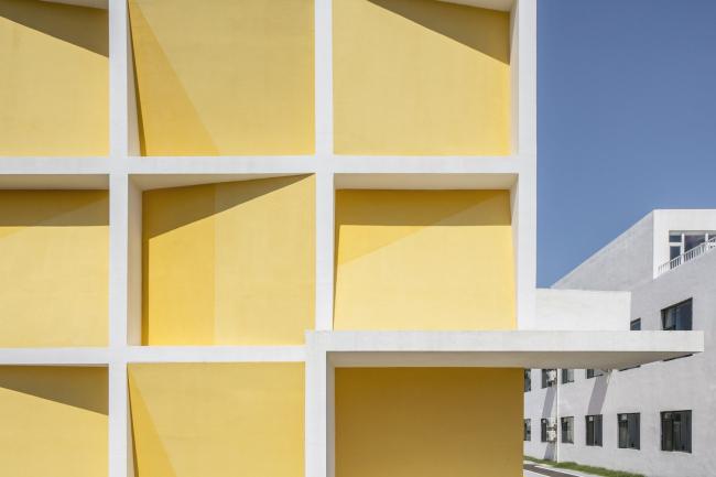Жилой комплекс Yantai Port Apartment