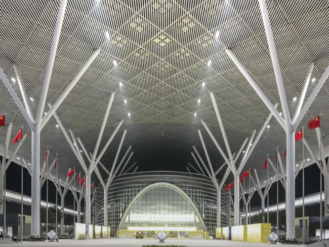 Шэньчжэньский всемирный выставочный и конгресс-центр
