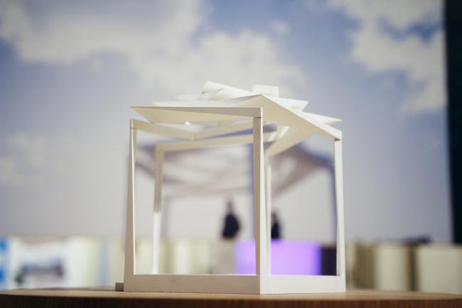 Schulz und Schulz: Павильон Розы, беседка для садового фестиваля в Ремсхальдене, Германия. Выставка «Общественная архитектура – будущее Европы», ГНИМА