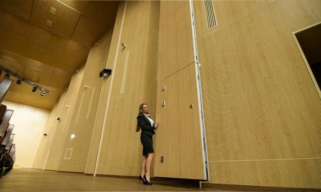 Раздвижные стены Parthos. Выставочный центр «Казань Экспо»