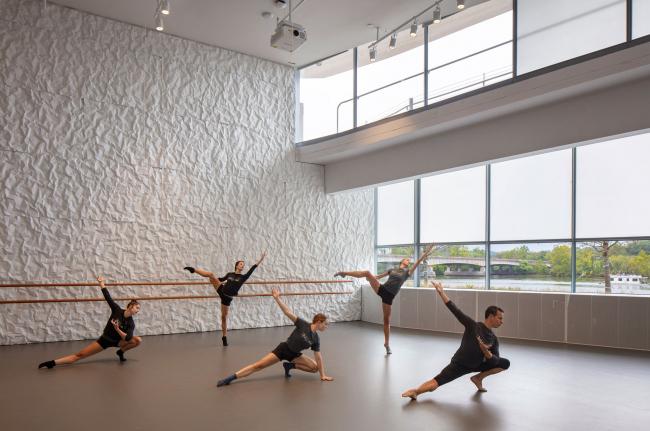 The REACH – расширение Центра исполнительских искусств Дж.Ф. Кеннеди