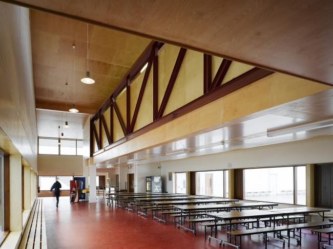 Школа Лорето в Милфорде. 2006
