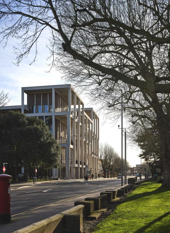 Корпус Таун-хаус Кингстонского университета в Лондоне. 2019