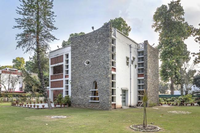 Дом типа 4-J. Пьер Жаннере. 1956