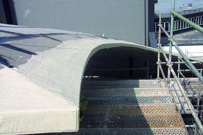 Театр Ханса Отто в процессе строительства