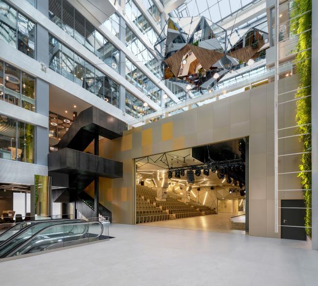 The interiors of Sberbank headquarters at Kutuzovsky Avenue, 32