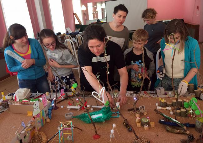 Первый воркшоп вместе с детьми. Творческий сквер в Выксе