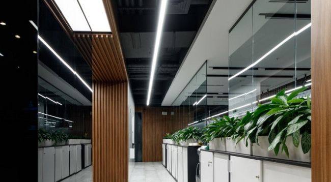 Профиль SL-LINE и светодиодные ленты Arlight. Офис «Фонбет» в МФК «Око», Москва