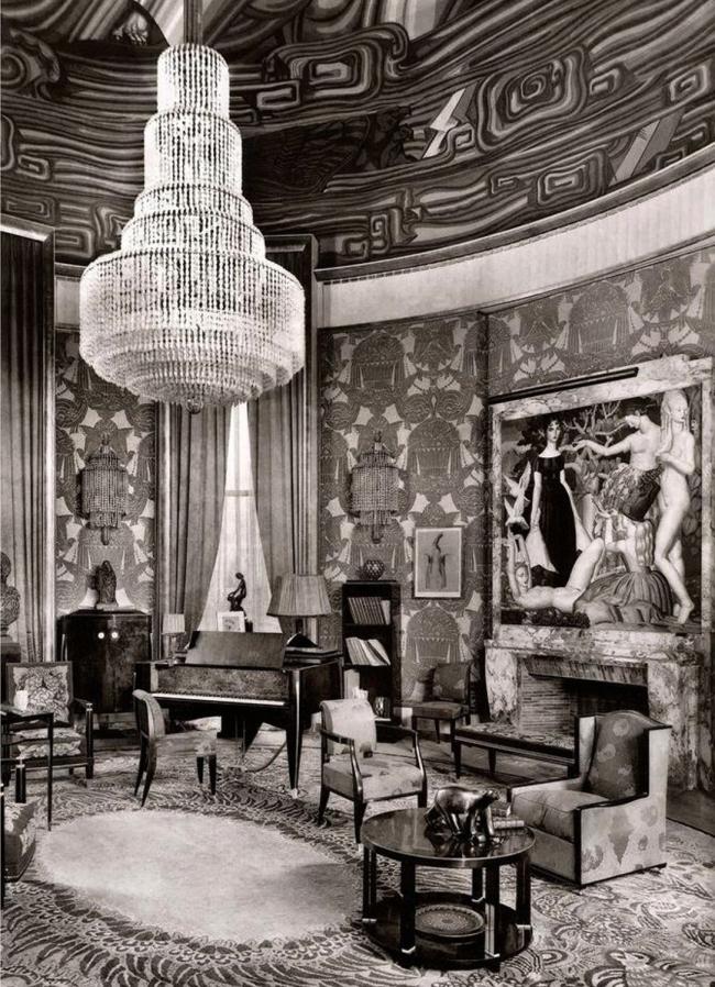 Интерьер главного зала «Дома Коллекционера»