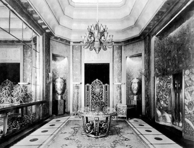 Зал Э. Брандта на выставке 1925 года