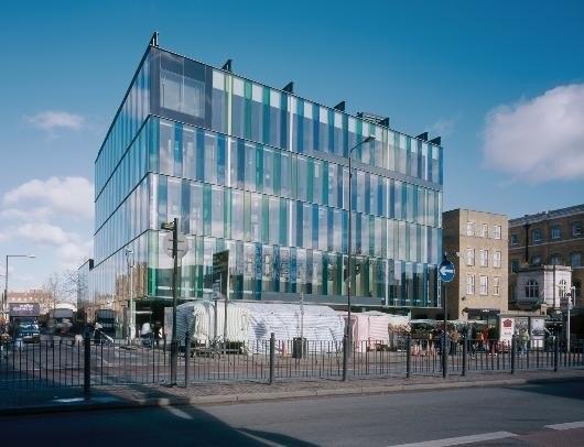 Библиотека «Магазин идей» на Уайтчэпл-Роуд, Лондон