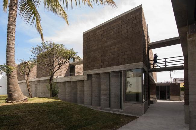 Общественный центр Los Chocolates