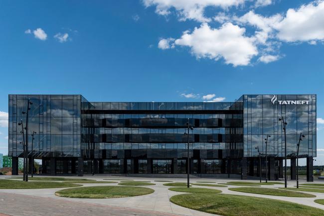 Главный фасад. Фронтальный вид. Научно-технический центр ПАО «Татнефть»