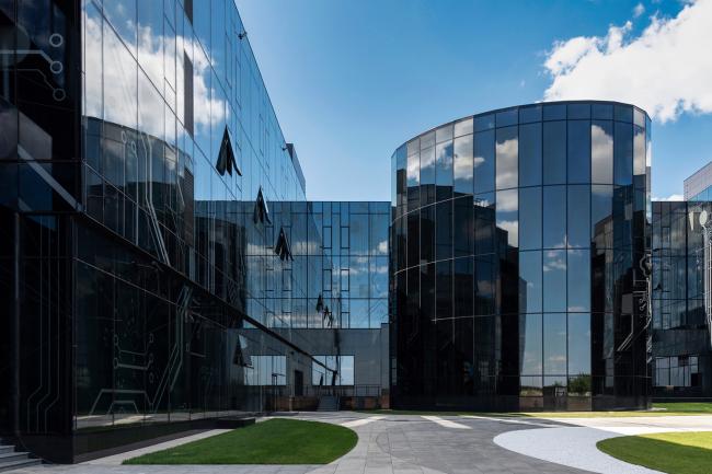 Внутренний двор. Научно-технический центр ПАО «Татнефть»