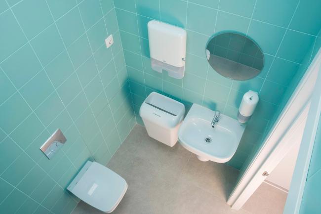 Туалет. Рестайлинг медицинских офисов «Инвитро»