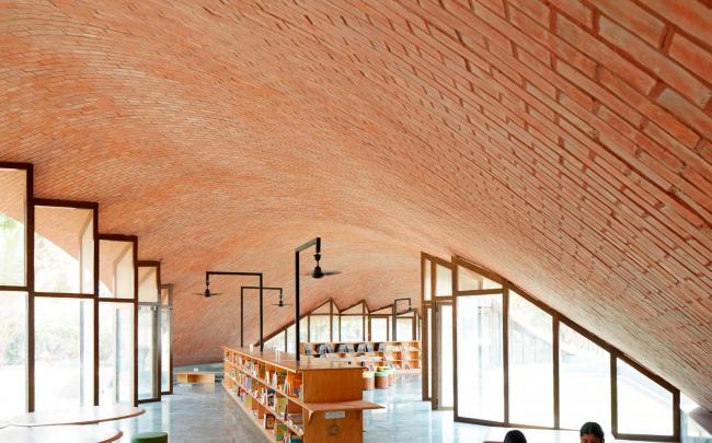 Библиотека Maya Somaiya