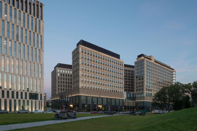 Отель Hyatt Regency. Многофункциональный комплекс «ВТБ Арена Парк»