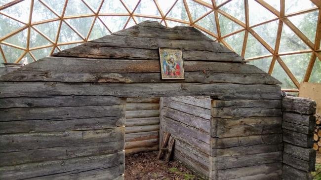 Сохранение памятника XVII века под геодезическим куполом в Мурманской области. Архитектор Иван Вдовин (Сельскохозяйственный производственный кооператив «Тундра»)