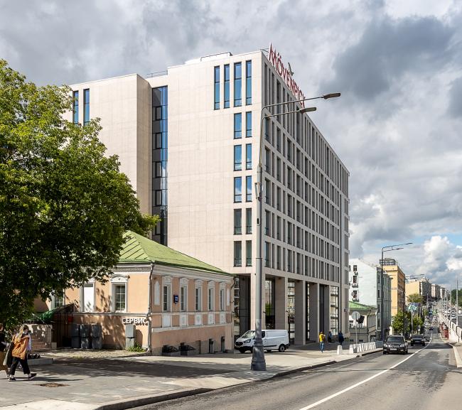 Гостиница Mövenpick на ул. Земляной Вал