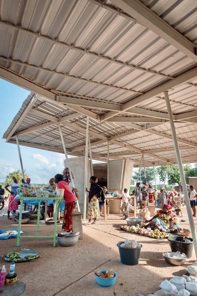 Новый рынок в Гаубулиге