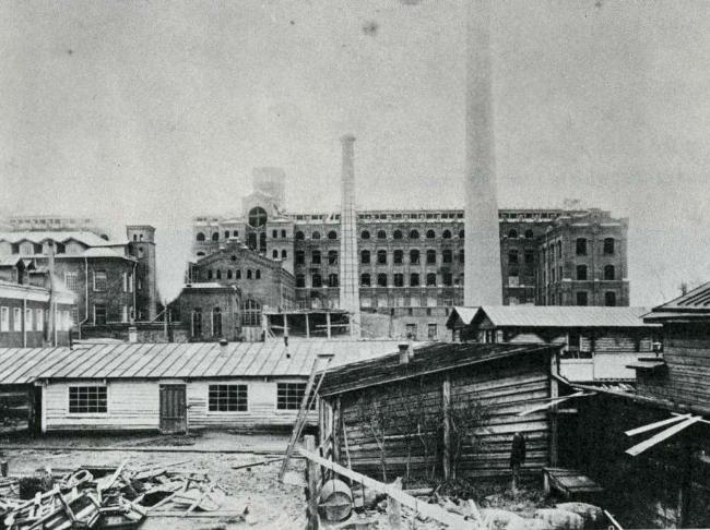 Вторая прядильная фабрика, проект Л. Л. Петерсена 1895 г. ЖК на Синопской набережной