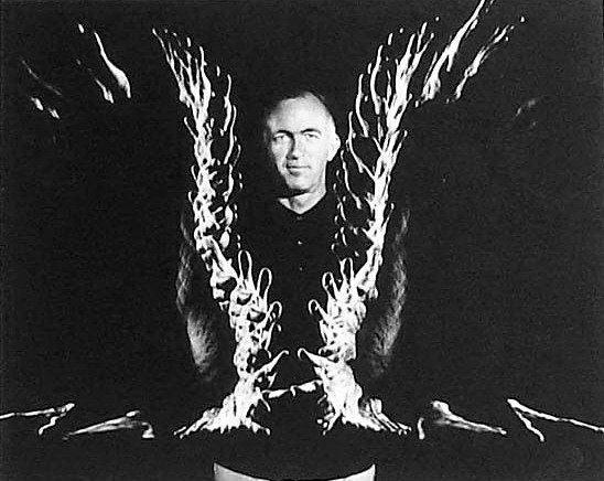 Йорн Утцон. Фото, вынесенное на афишу выставки в рамках Биеннале