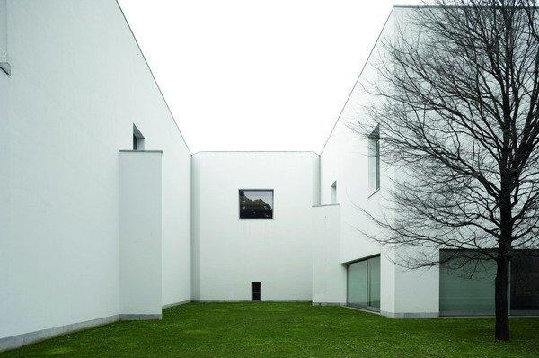 Музей современного искусства Фонда Серралвеса в Порто. 1991-1999