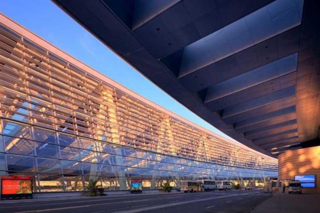 Южный вокзал Пекина © Farrells